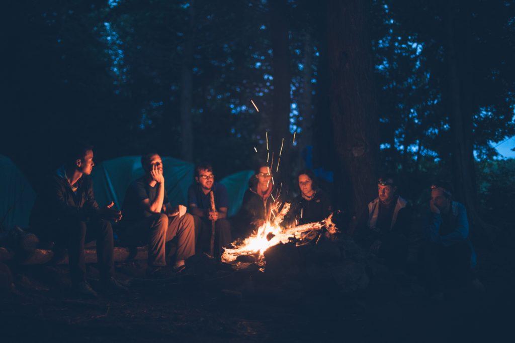 キャンプで楽しく夜を過ごす方法とは_4