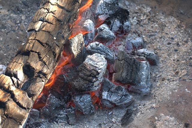 焚き火で焼き芋を一番おいしく作る方法!_4