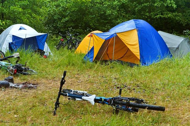 焚き火を雨の日キャンプでも楽しむ方法!_4