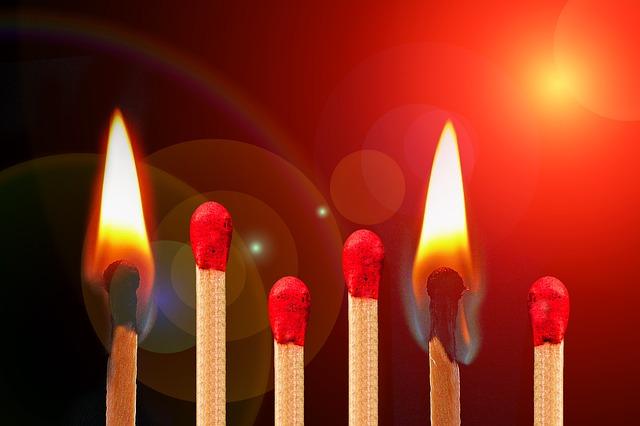 基礎から学ぶ焚き火のやり方!_3
